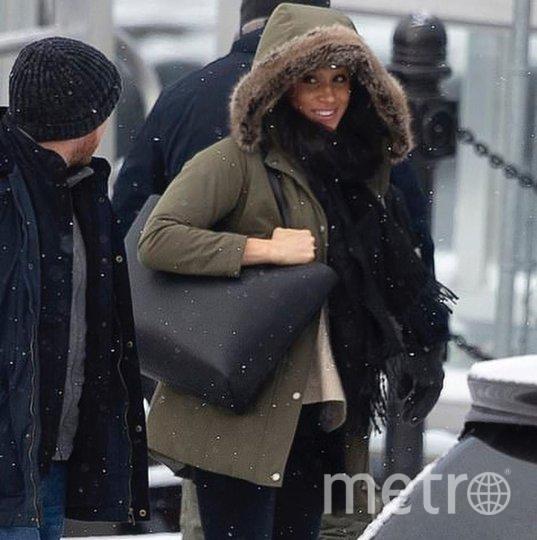 Меган садится в гидросамолет в Канаде. Фото соцсети, vk.com