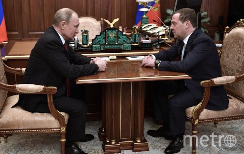 Встреча Путина и Медведева. Фото РИА Новости