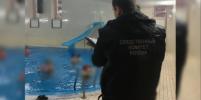 7-летний мальчик чуть не захлебнулся в бассейне в Ленобласти: ребёнок в коме