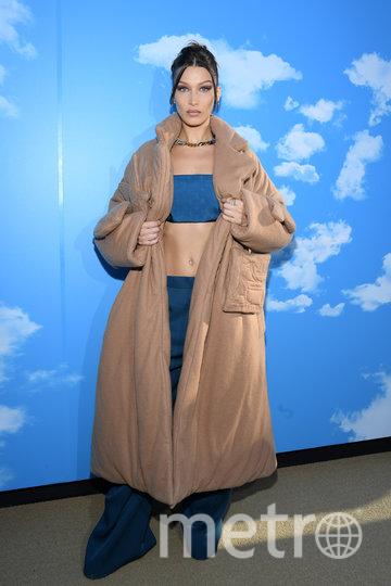 Белла Хадид на показе Louis Vuitton в Париже. Фото Getty