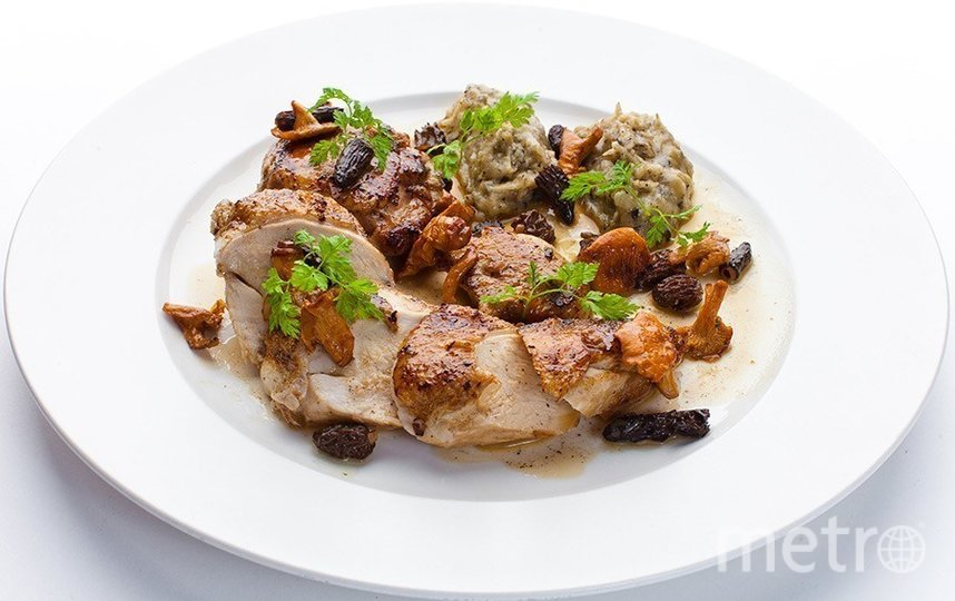 "Цыплёнок с грибами, картофелем и трюфелем от ресторана ""Турандот"". Фото предоставлено пресс-службой ресторана, ""Metro"""
