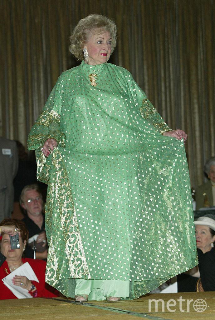 Бетти Уайт выглядит шикарно. 2003 год. Фото Getty