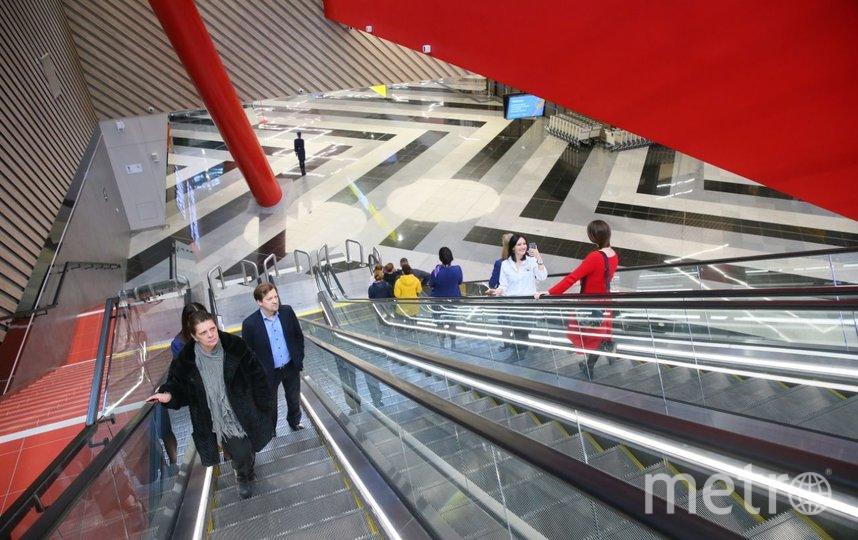 Новый аэровокзальный комплекс выполнен в стилистике русского конструктивизма. Фото Василий Кузьмичёнок