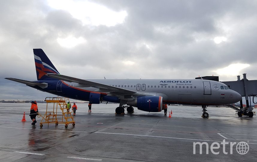 Первый рейс, который принял новый терминал, прибыл из Хельсинки. Фото Василий Кузьмичёнок