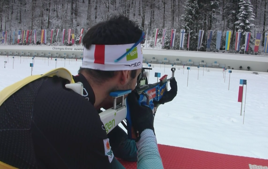 Мартен Фуркад уверенно победил в гонке преследования. Фото Скриншот @biathlontv