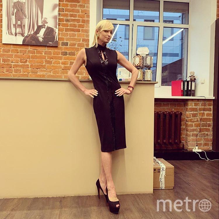 Балерина стала экспериментировать с причёской. Фото instagram.com/volochkova_art