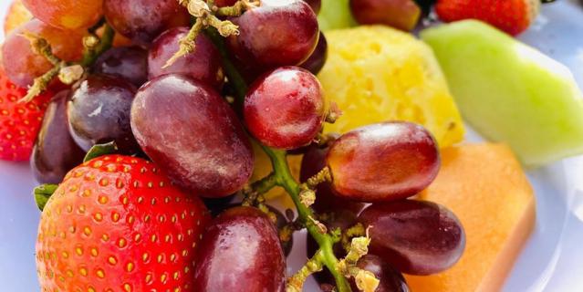 Ешьте настоящие фрукты и овощи.