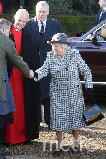 Елизавета II держалась непринуждённо на публике. Фото Getty