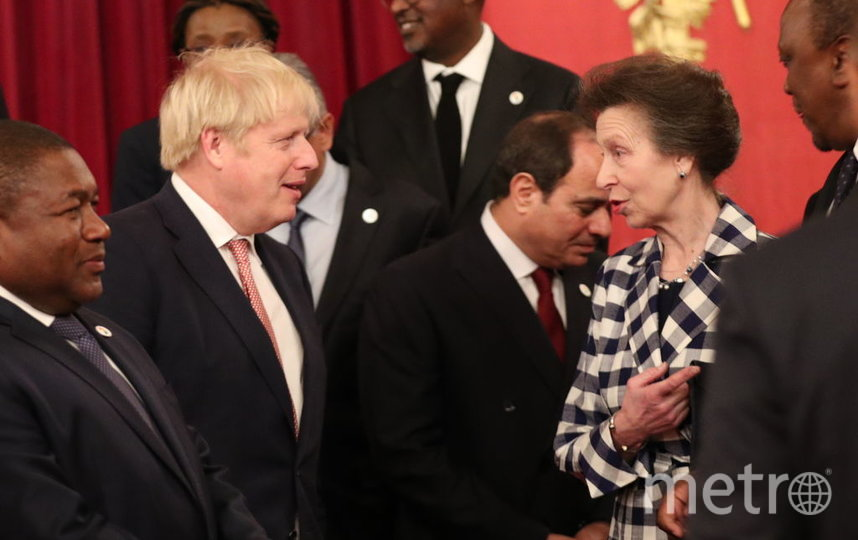 Дипломатический прием в Букингемском дворце. Борис Джонсон и принцесса Анна. Фото Getty