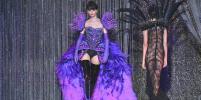 Любимые дизайнеры Леди Гаги представили в Париже эпатажную коллекцию