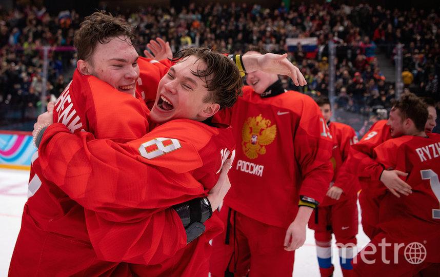 Теперь в активе сборной России полный комплект наград юношеской Олимпиады в хоккейном турнире, включая золотые медали. Фото AFP