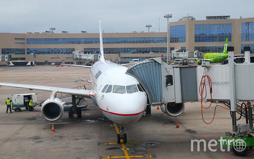 Санитарный контроль рейсов из Китая усилен. Фото Василий Кузьмичёнок