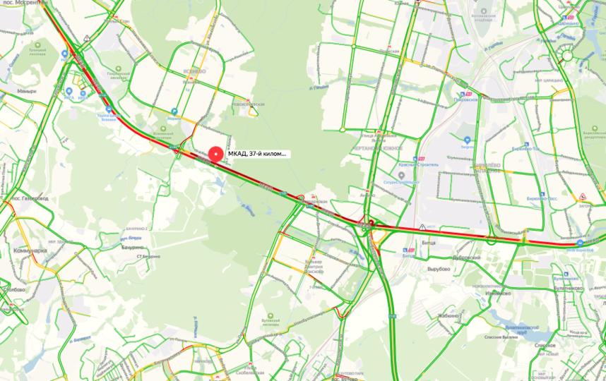 Движение затруднено на несколько километров. Фото скриншот yandex.ru/maps