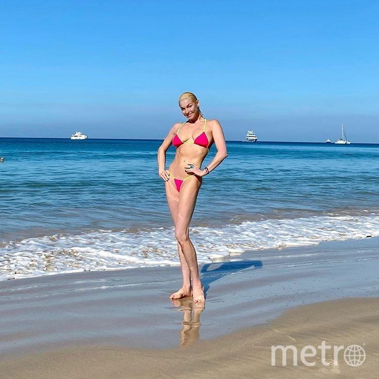 После похудения балерина стала чаще делиться фото в бикини. Фото instagram.com/volochkova_art