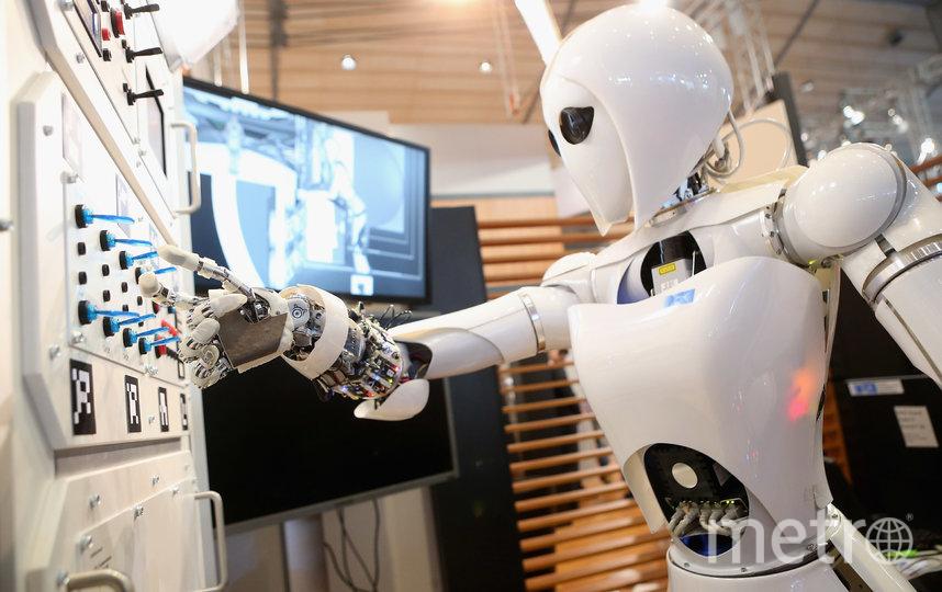 В последнее время технологии развиваются настолько быстро, что превышают наши способности к их усвоению и регулированию. Фото Getty