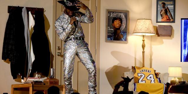 Алишиа Кис, Лиззо и Lil Nas X посвятили Коби свои номера.