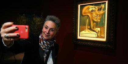 Самая масштабная выставка Сальвадора Дали открылась в Москве: репортаж