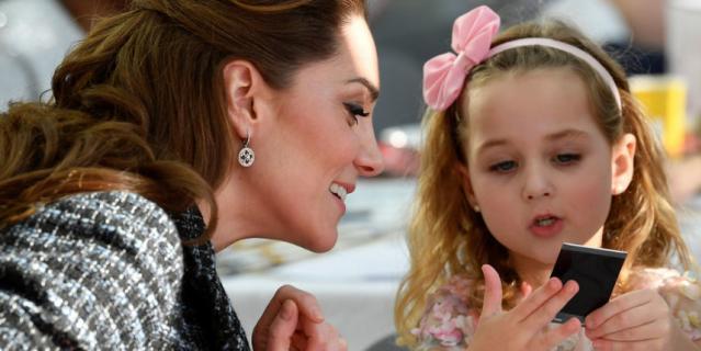 Кэтрин посетила детскую больницу в Лондоне.