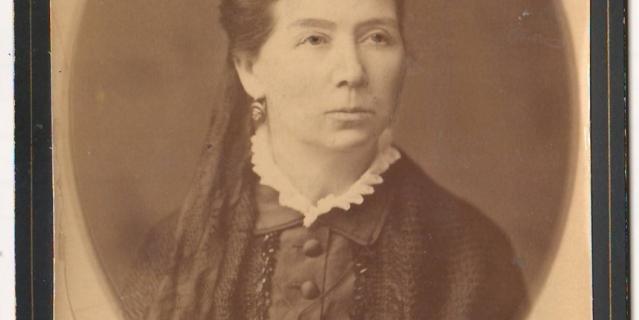 Елена Чехова.