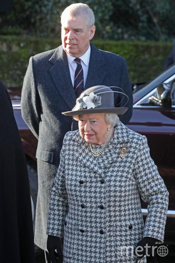 Елизавета II и принц Эндрю. Фото Getty