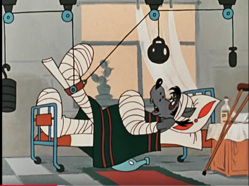 """...он расшибся на стройке. Фото кадр из мультсериала """"Ну, погоди!"""", """"Союзмультфильм"""""""