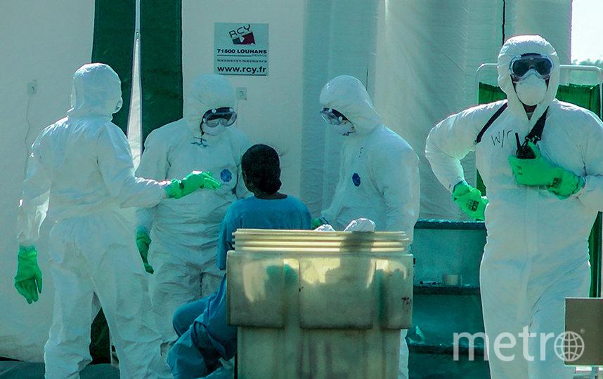 Количество заболевших новым штаммом коронавируса превысило 17 тысяч человек. Фото AFP