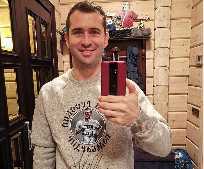 Александр Керджаков, фотоархив. Фото скриншот www.instagram.com/a.kerzhakov11/