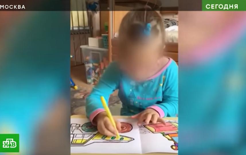 У прожившей в московской больнице пять лет девочки был целый этаж, а не палата. Фото meduza, скриншот видео https://www.youtube.com/watch?v=hrwC70gySkQ.