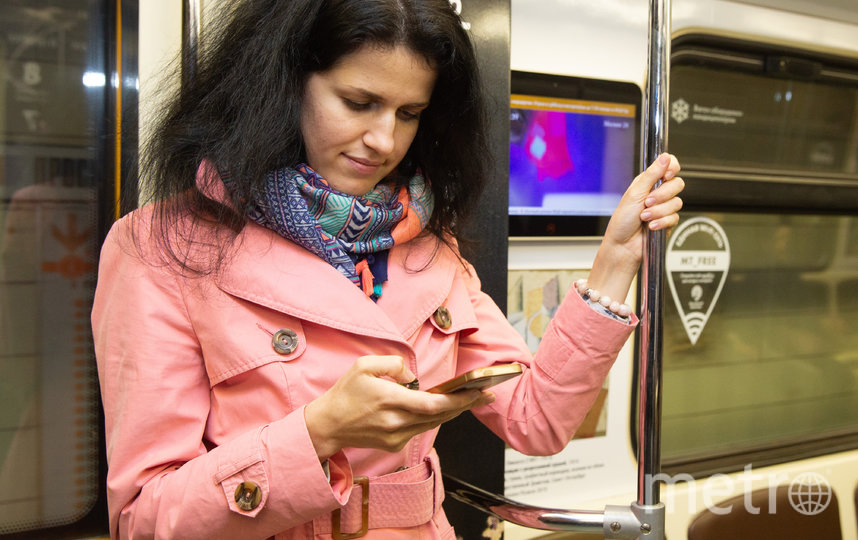 Пассажиры метро сидят в интернете больше, чем в Новой Москве.