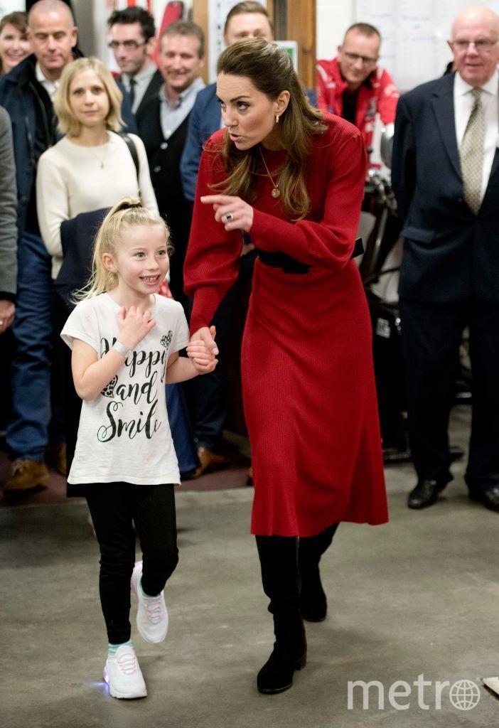 Маленькая Брук захотела лично показать Кэтрин клуб. Фото Getty