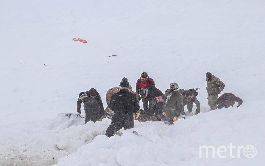 В настоящее время поисково-спасательные работы продолжаются. Фото AFP