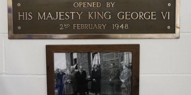 Король Георг VI открыл станцию в 1948-м году.