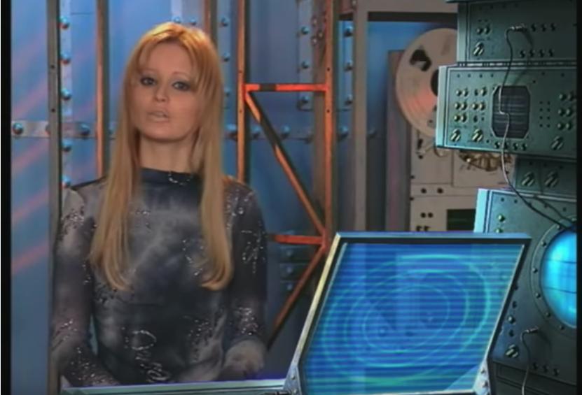 """Дана Борисова в """"Армейском магазине"""". Фото Скриншот Youtube"""
