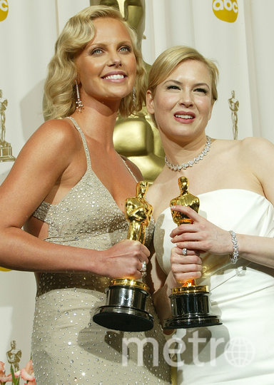"Терон и Зеллвегер уже брали ""Оскара"" – в 2004 году. И вместе с ним позировали. Фото Getty"