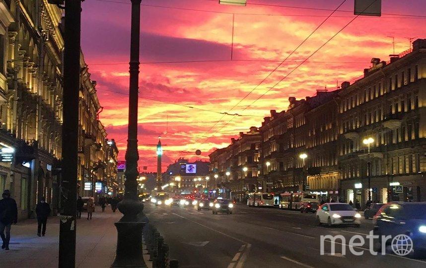 Рассвет 10 февраля в Петербурге. Фото https://www.instagram.com/alla_single/