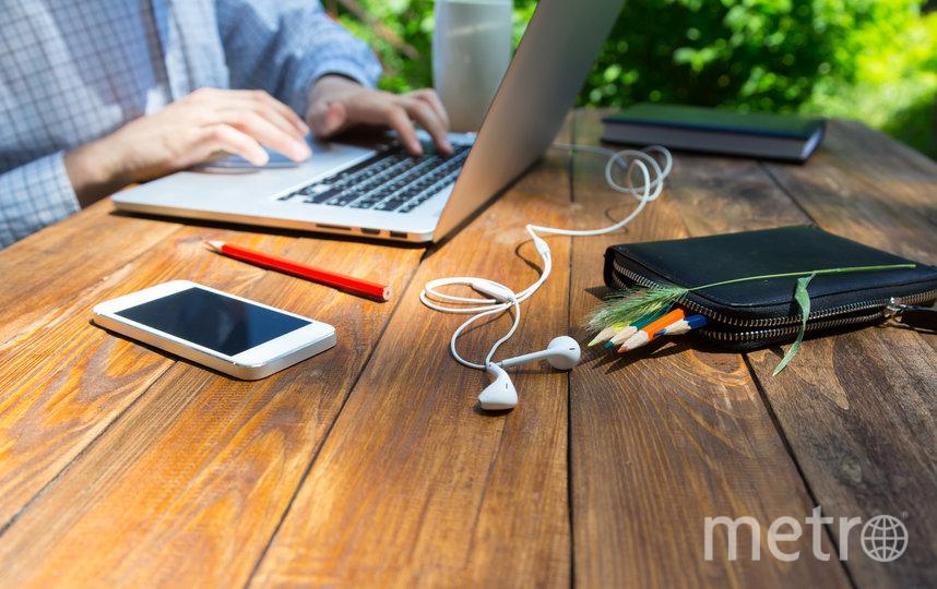 Современные приложения для смартфона способны помочь организовать рабочее время и вдохновить на подвиги в бизнесе. Фото Depositphoto