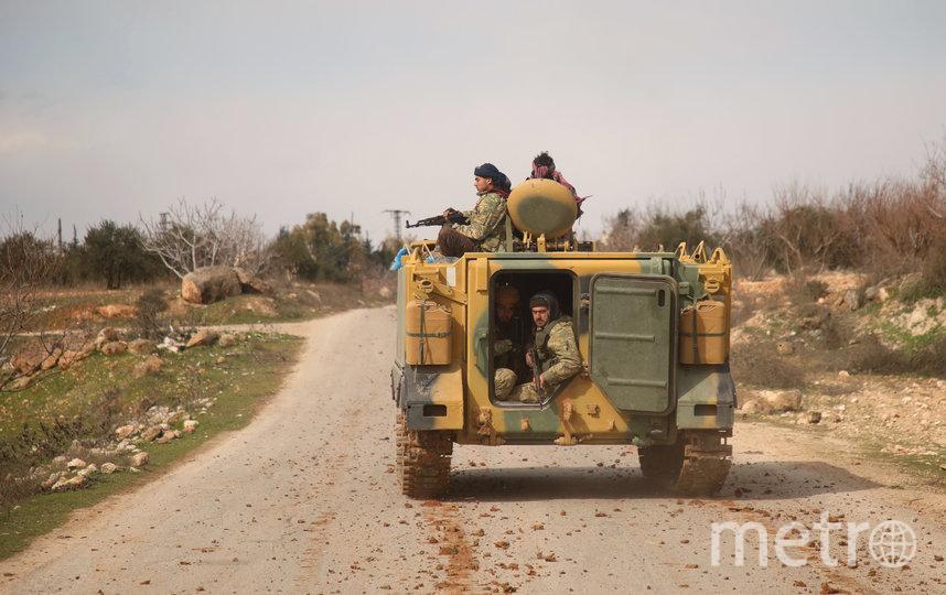 Ранее правительственные войска Сирии обстреляли турецкий пункт в Идлибе. Фото AFP
