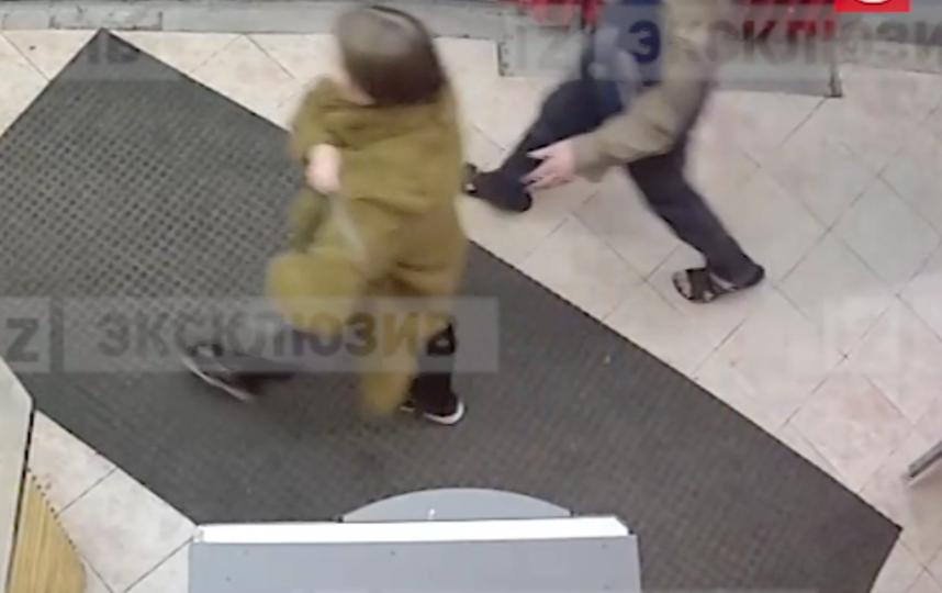 В сети появилось видео, как девушка выходила из заведения. Фото скриншот видео www.5-tv.ru/