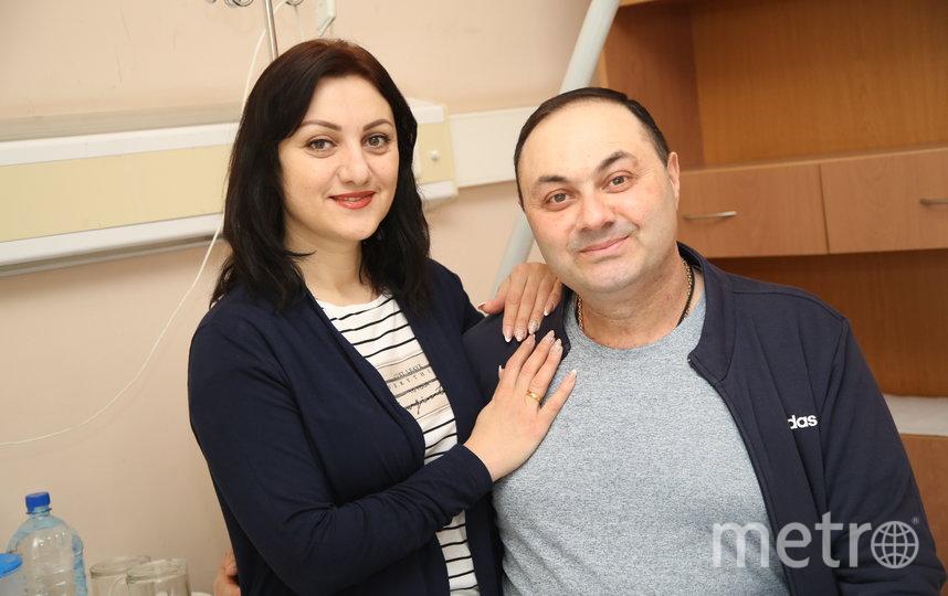 Армен с супругой. Фото пресс-служба онкоцентра Блохина