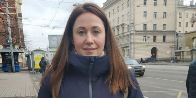 Виктория, специалист в сфере туризма, 32 года.