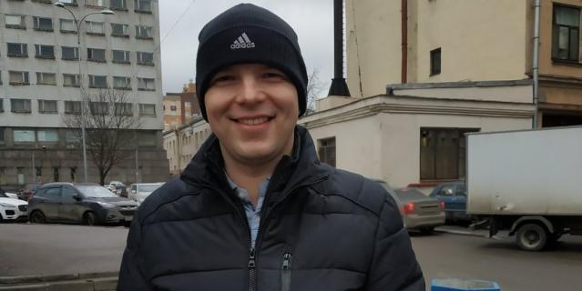 Леонид, главный механик, 26 лет.