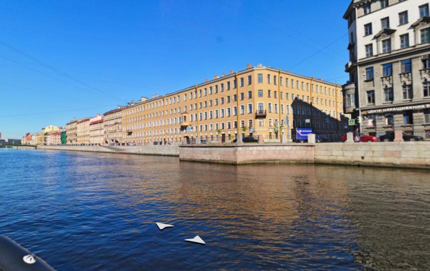 В Петербурге мужчина утонул, спасая женщину из Фонтанки.