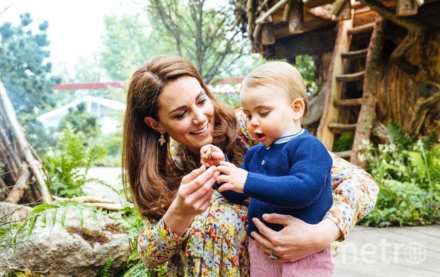 Кейт Миддлтон и с сыном Луи. Фото AFP
