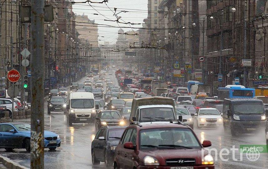 """""""Умные"""" светофоры будут реагировать на пешеходов. Фото Василий Кузьмичёнок"""