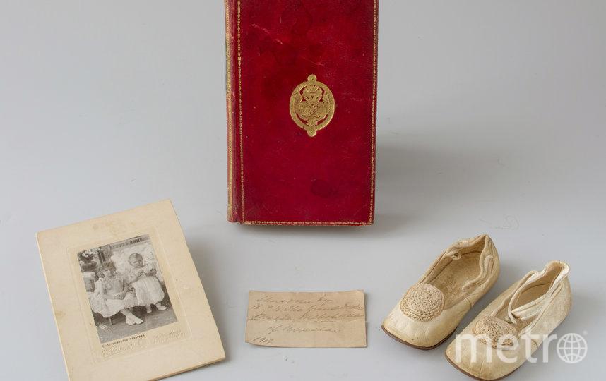 """Мария Николаевна носила туфельки, когда ей было три года. Фото предоставлены ГМЗ """"Царское Село"""", """"Metro"""""""