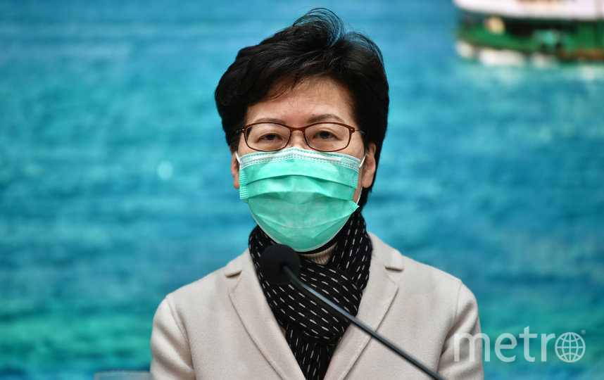 Власти Гонконга призывают жителей не паниковать. Глава администрации Гонконга Кэрри Лэм. Фото AFP