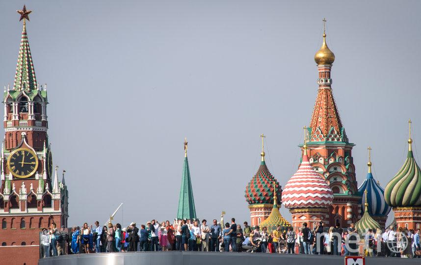 Москва и Санкт-Петербург возглавили рейтинг регионов России с наиболее благоприятными условиями для жизни. Фото AFP
