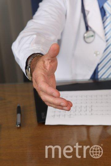Главный вред от хруста пальцами и шеей – ускорение старения суставов. Фото Pixabay