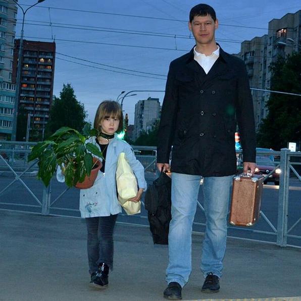 """""""Выходить на совместные прогулки по вечернему Санкт-Петербургу"""". Фото Лев, @levshashkov1"""