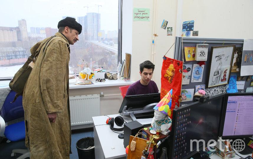Почтальон Печкин (Дмитрий Сидоркевич) в студии «Союзмультфильм». Фото Василий Кузьмичёнок